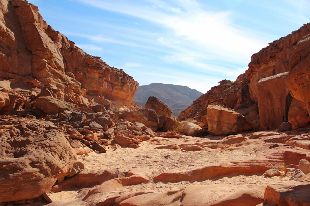 Экскурсии из Шарм-эль-Шейха, Цветной Каньон - реальное фото