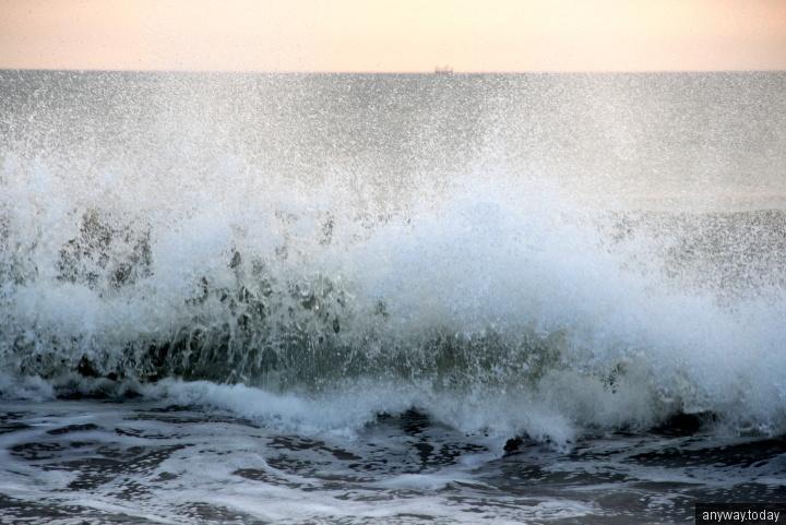 Волны на Джимбаране, Бали